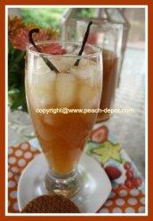 Homemade Peach Ice Tea