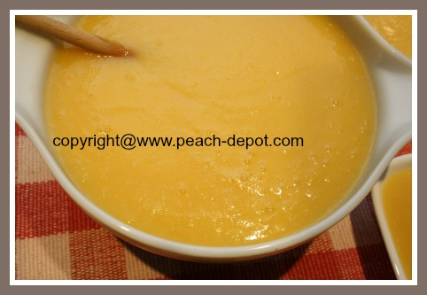 Homemade Peach Apple Sauce