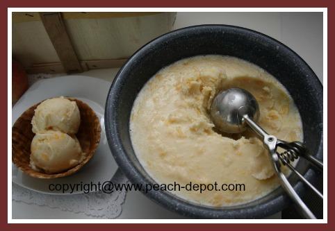 Homemade Peach Ice Cream Recipe with No Eggs