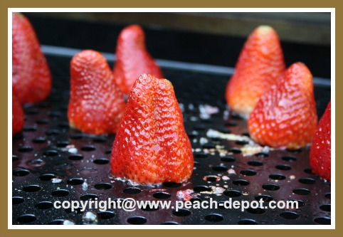 Whole Strawberries on the Grill / BBQ