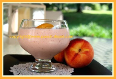 Peach Raspberry Smoothie with Yogurt / Low Fat /Low Calorie