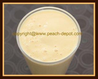 Homemade Peach Smoothie with Yogurt