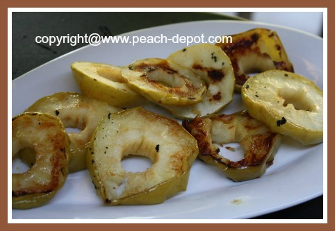 Picture Image of Grilled / Barbequed Apple Slices
