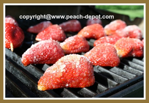 Grilling Strawberries on the BBQ /Grill