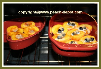 Fresh Peaches Baked in the Oven