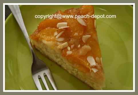 Slice of Peach Upside Down Cake-Easy Recipe Fresh Peaches